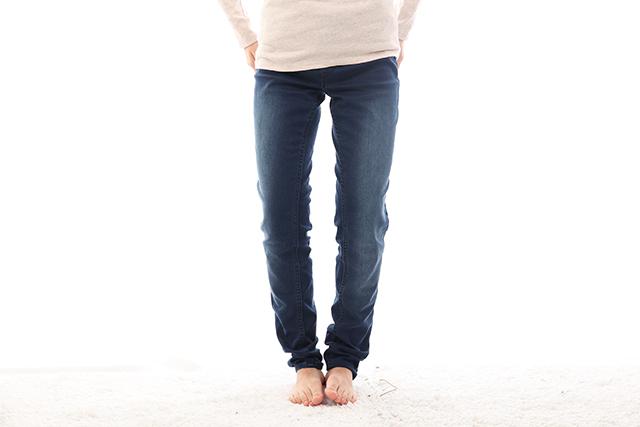 変形性膝関節症でO脚になっている40代女性