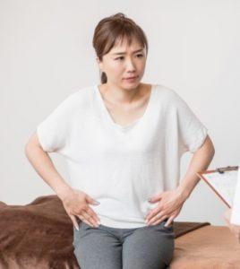 出産直後から4ヶ月続く肩こりと腰痛に悩む40代女性